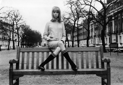 Monochrome, Bench, Human leg, Sitting, Style, Knee, Monochrome photography, Outdoor bench, Black-and-white, Tints and shades,