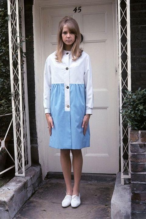 Clothing, Product, Sleeve, Collar, Shoulder, Textile, White, Style, Street fashion, Fashion,