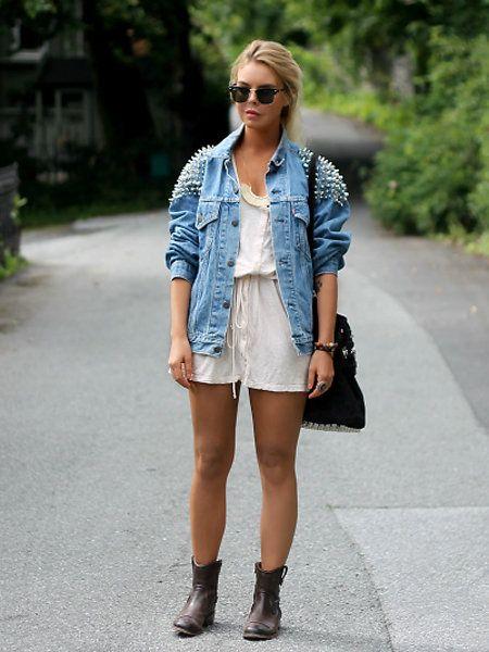 Clothing, Eyewear, Glasses, Brown, Sleeve, Human body, Sunglasses, Textile, Outerwear, Bag,