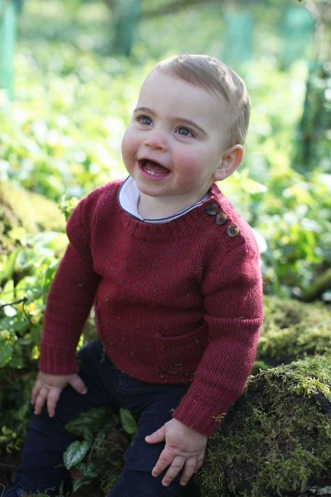 Ear, Lip, Cheek, Sleeve, Happy, Child, Baby & toddler clothing, Sweater, Sitting, People in nature,