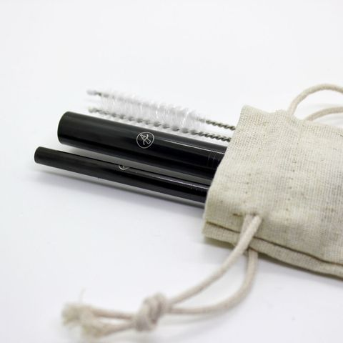 Product, Metal, Material property, Silver, Everyday carry, Strap, Natural material, Shoulder bag, Aluminium, Fiber,