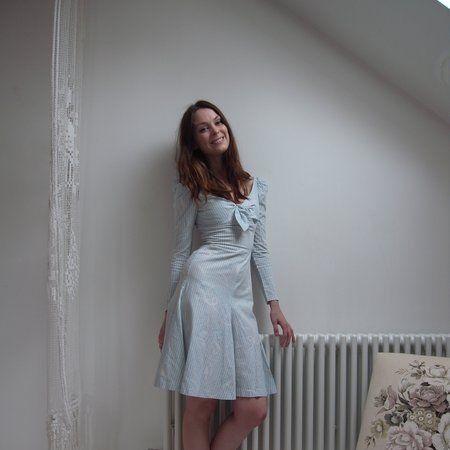 Clothing, Sleeve, Dress, Shoulder, Human leg, Textile, Joint, Floor, One-piece garment, Day dress,