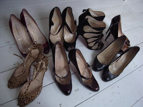 Footwear, Product, Brown, Shoe, White, Tan, Fashion, Black, Grey, Natural material,