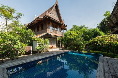 Property, Real estate, Swimming pool, House, Reflection, Resort, Roof, Garden, Home, Villa,