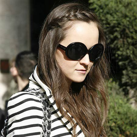 Clothing, Eyewear, Glasses, Vision care, Hairstyle, Sunglasses, Textile, Outerwear, Style, Street fashion,