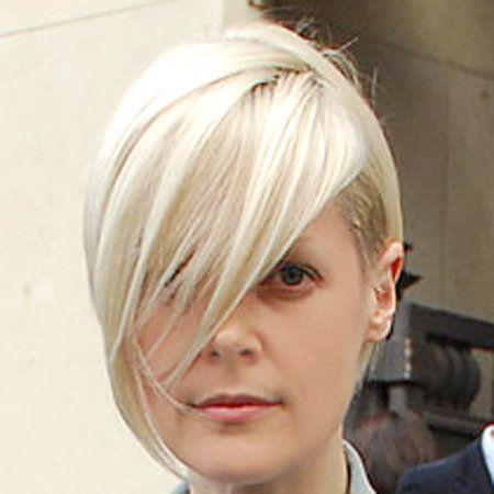 Lip, Hairstyle, Chin, Forehead, Eyebrow, Bangs, Style, Jaw, Eyelash, Blond,