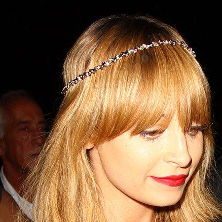 Lip, Hairstyle, Chin, Forehead, Eyebrow, Hair accessory, Headpiece, Style, Headgear, Eyelash,