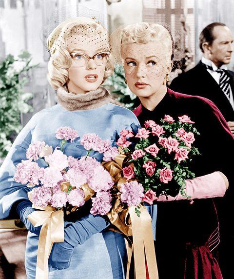 Petal, Flower, Bouquet, Hair accessory, Denim, Cut flowers, Fashion, Flower Arranging, Headpiece, Tradition,