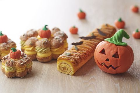 Food, Cuisine, Dish, Pastry, Baked goods, Ingredient, Viennoiserie, Croissant, Pumpkin, Danish pastry,