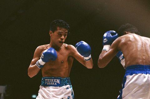 Boxing, Professional boxer, Boxing glove, Sport venue, Professional boxing, Boxing ring, Combat sport, Contact sport, Pradal serey, Shoot boxing,