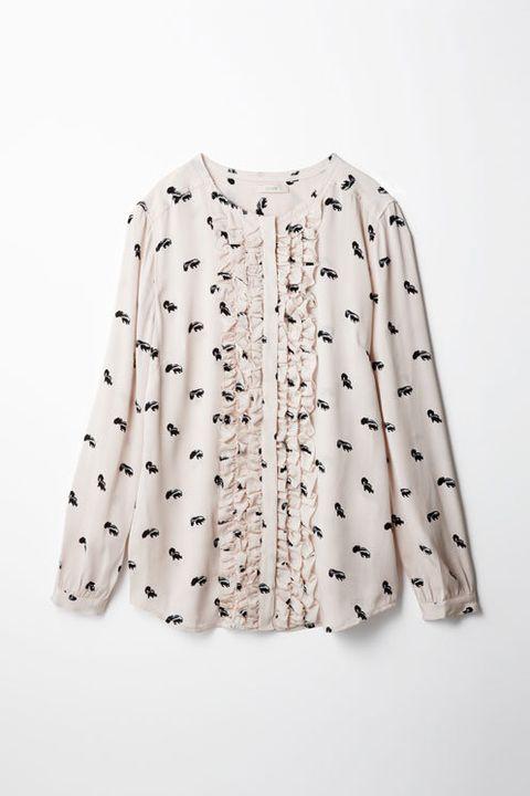 Product, Sleeve, Textile, Pattern, White, Collar, Clothes hanger, Fashion, Design, Fashion design,