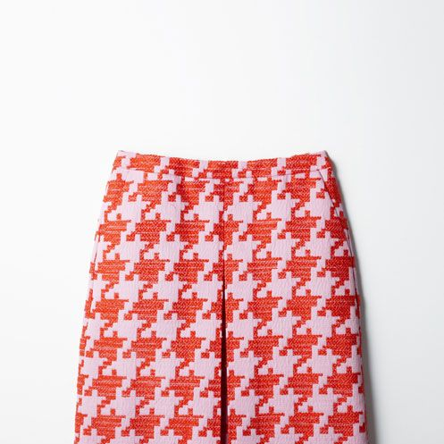 Textile, Red, Pattern, Active shorts, Orange, Trunks, Coquelicot, Pattern, board short, Pocket,