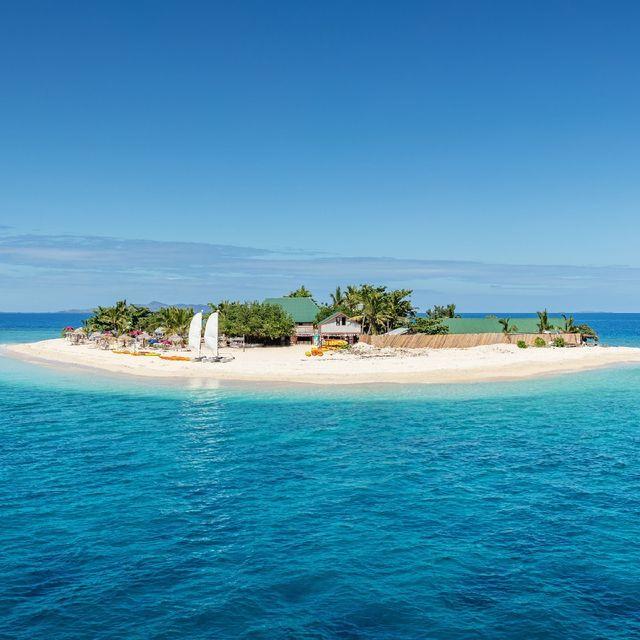 Body of water, Sea, Coastal and oceanic landforms, Ocean, Island, Sky, Natural landscape, Islet, Tropics, Caribbean,