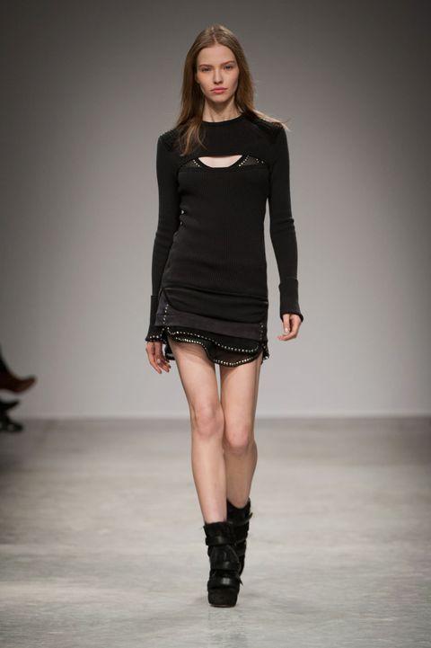 Clothing, Sleeve, Human body, Shoulder, Human leg, Joint, Fashion show, Fashion model, Runway, Dress,
