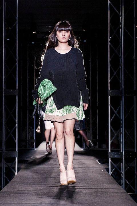 Clothing, Leg, Dress, Human leg, Joint, Style, Fashion model, Knee, One-piece garment, Beauty,