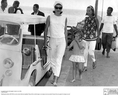Leg, People, Photograph, Style, Fender, Sunglasses, Tourism, Classic car, Classic, Snapshot,