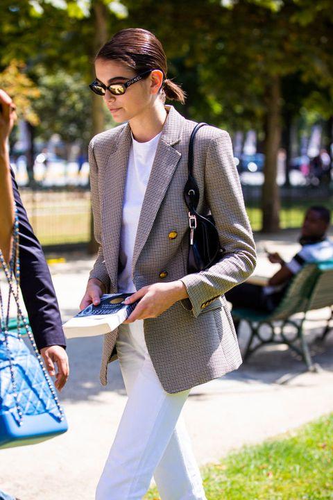 Clothing, Eyewear, Glasses, Trousers, Collar, Coat, Shirt, Outerwear, Bag, Dress shirt,