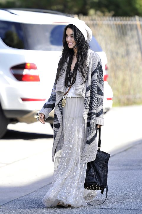 Sleeve, Hat, Style, Street fashion, Automotive tail & brake light, Fashion accessory, Fashion, Fashion model, Long hair, Sun hat,