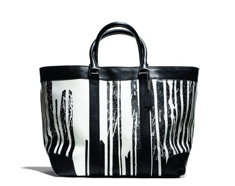 Product, White, Style, Black, Bag, Luggage and bags, Shoulder bag, Metal, Leather, Black-and-white,