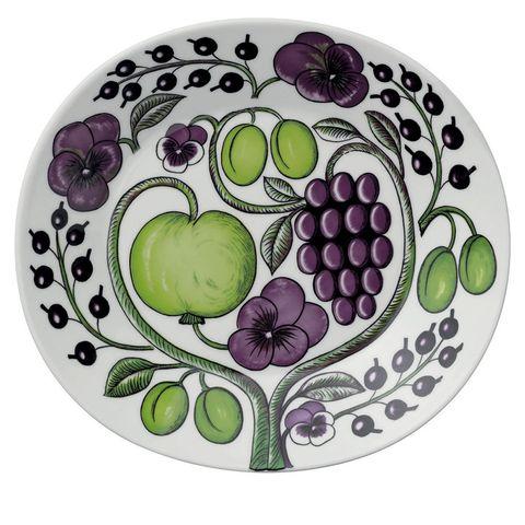 Grape, Dishware, Plate, Grapevine family, Fruit, Platter, Vitis, Berry, Plant, Tableware,