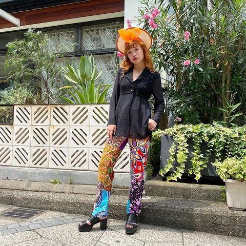Clothing, Outerwear, Style, Flowerpot, Fashion accessory, Street fashion, Pattern, Bag, Jacket, Shrub,