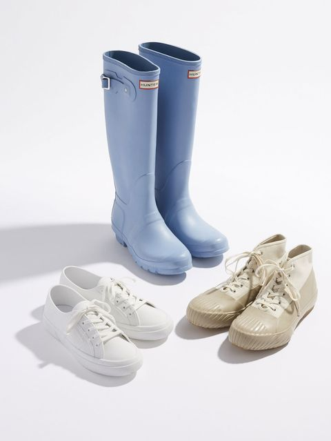Footwear, Product, White, Fashion, Boot, Grey, Tan, Beige, Rain boot, Walking shoe,