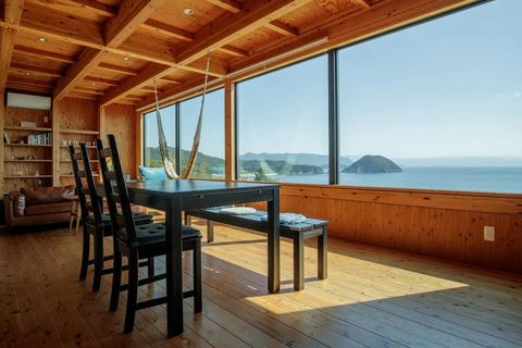 Wood, Hardwood, Floor, Flooring, Wood stain, Shelf, Wood flooring, Room, Interior design, Real estate,