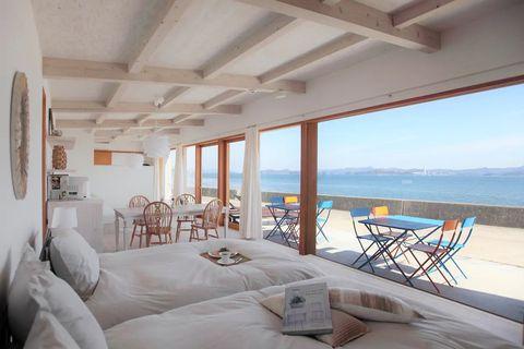 Room, Property, Interior design, Real estate, Furniture, Ceiling, Wall, Outdoor furniture, Floor, Linens,