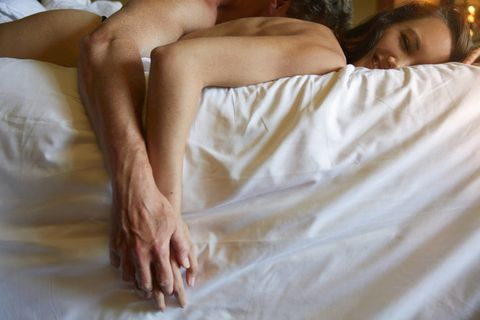 Skin, Joint, Comfort, Interaction, People in nature, Back, Barefoot, Toe, Linens, Love,