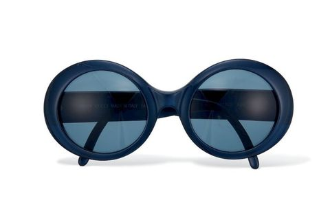 Eyewear, Vision care, Goggles, Blue, Personal protective equipment, Tints and shades, Reflection, Azure, Aqua, Eye glass accessory,
