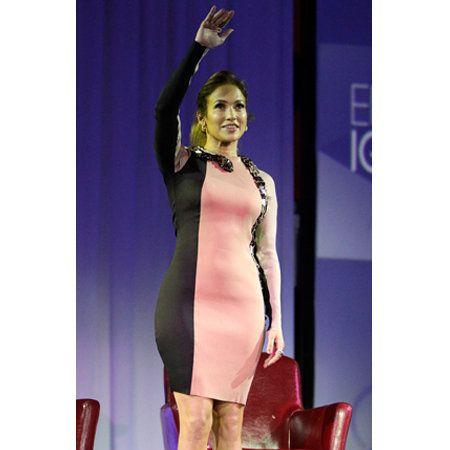 Human body, Shoulder, Human leg, Dress, One-piece garment, High heels, Day dress, Knee, Cocktail dress, Thigh,