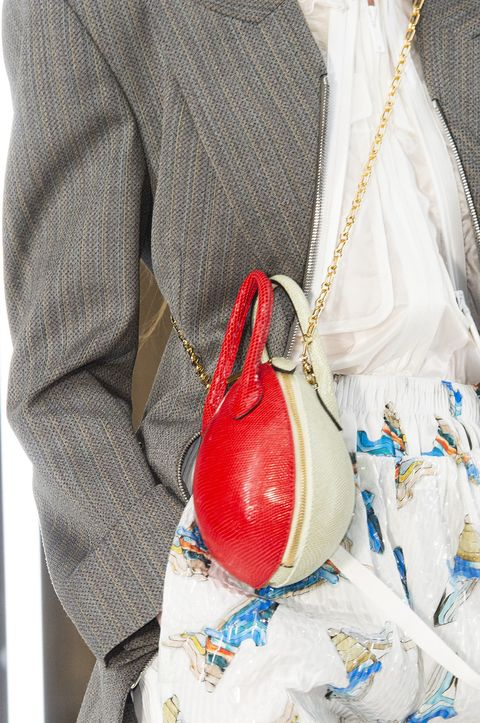 White, Bag, Hobo bag, Handbag, Fashion accessory, Hand, Tradition,
