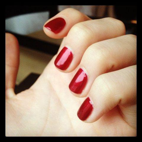 Finger, Skin, Toe, Red, Nail care, Nail, Nail polish, Carmine, Manicure, Foot,