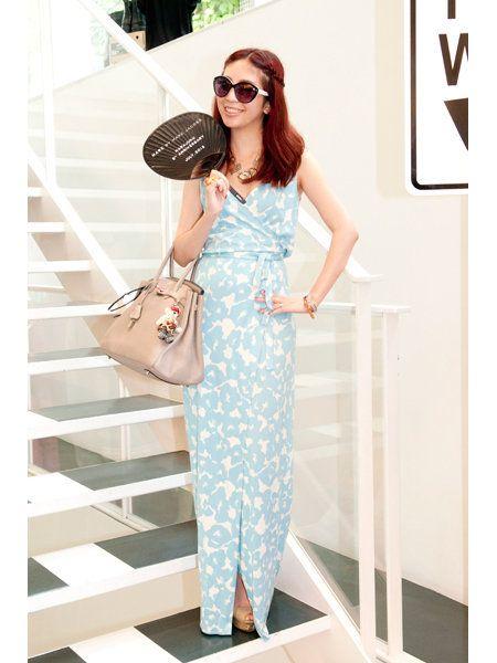 Sleeve, Sunglasses, Goggles, Style, Bag, Pattern, Fashion accessory, Dress, Street fashion, Fashion,