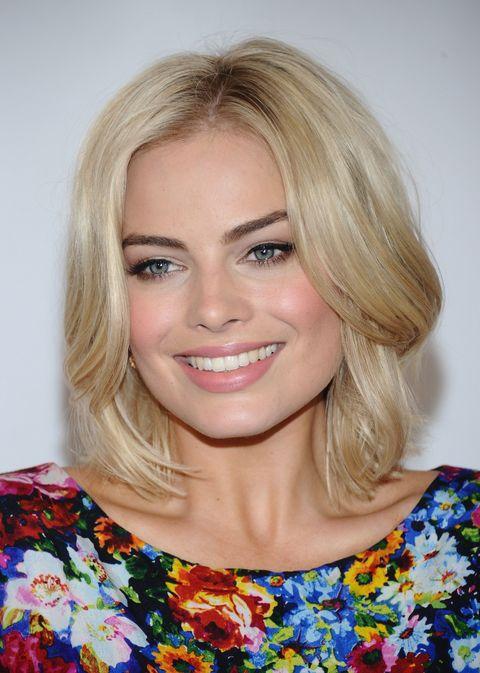 Hair, Face, Blond, Hairstyle, Eyebrow, Chin, Lip, Beauty, Hair coloring, Layered hair,