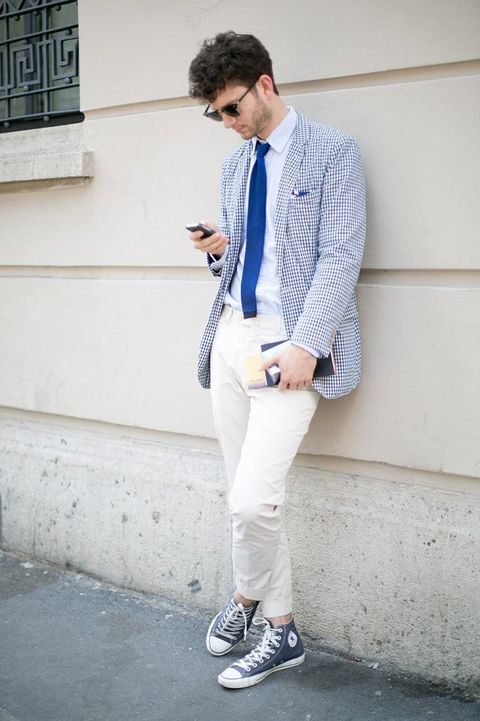 Clothing, Dress shirt, Collar, Sleeve, Shirt, Shoe, Outerwear, Style, Coat, Street fashion,