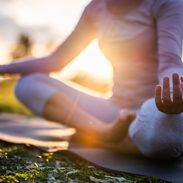 Human leg, Joint, People in nature, Sitting, Elbow, Sunlight, Knee, Foot, Toe, Comfort,