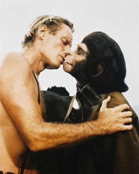 Romance, Love, Kiss, Interaction, Cheek, Human, Forehead, Human body, Photography, Muscle,