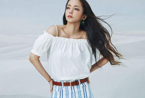 White, Clothing, Shoulder, Fashion model, Joint, Beauty, Neck, Skin, Waist, Fashion,