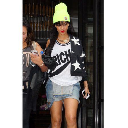 Clothing, Leg, Denim, Outerwear, White, Fashion accessory, T-shirt, Style, Street fashion, Bag,