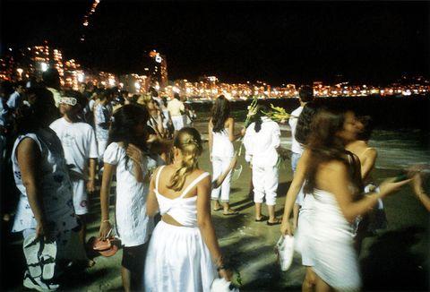 Event, Sparkler, Crowd, Ceremony, Wedding, Night, Formal wear, Dress, Party, Marriage,
