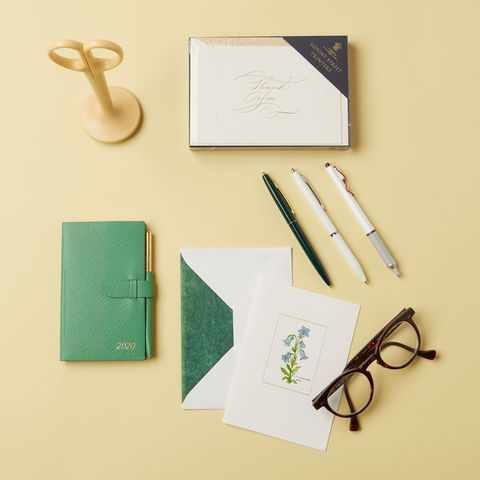 Scissors, Paper product, Eye glass accessory, Stationery, Paper, Office supplies, Medical equipment, Office instrument,