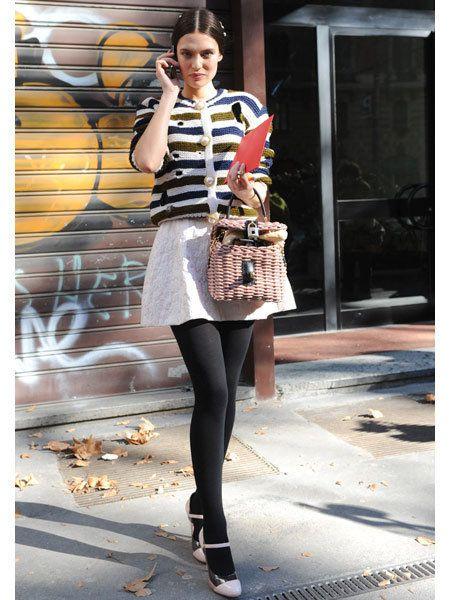 Clothing, Leg, Brown, Shoulder, Textile, Bag, Joint, Human leg, Outerwear, Fashion accessory,