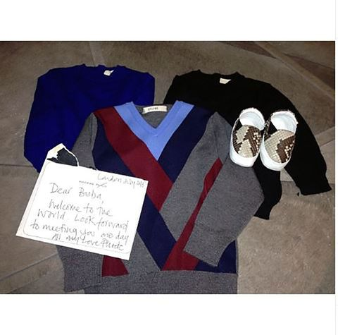 Sleeve, Collar, Carmine, World, Electric blue, Handwriting, Active shirt, Stock photography,