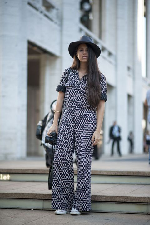 Hat, Shoulder, Bag, Style, Street fashion, Fashion model, Pattern, Sun hat, Fashion accessory, Dress,
