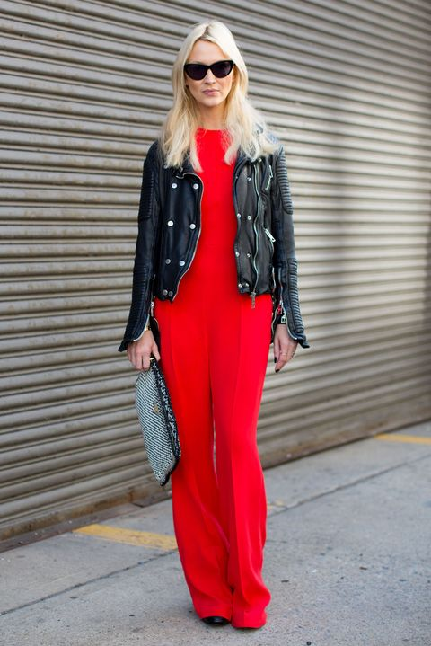 Clothing, Eyewear, Sleeve, Shoulder, Bag, Sunglasses, Textile, Outerwear, Collar, Style,