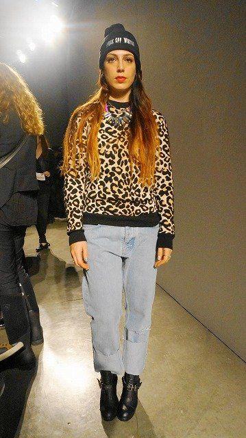 Textile, Outerwear, Style, Street fashion, Headgear, Fashion, Pattern, Fashion show, Fashion model, Fashion design,