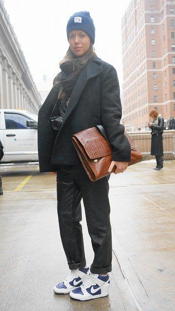 Clothing, Brown, Trousers, Textile, Winter, Outerwear, Standing, Bag, Coat, Style,