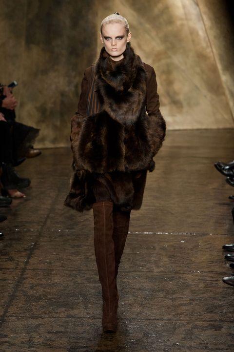 Brown, Textile, Outerwear, Fur clothing, Fashion show, Winter, Jacket, Natural material, Fashion, Street fashion,