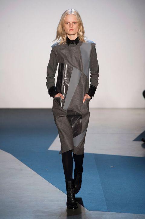 Fashion show, Joint, Outerwear, Human leg, Fashion model, Style, Runway, Knee, Knee-high boot, Fashion,